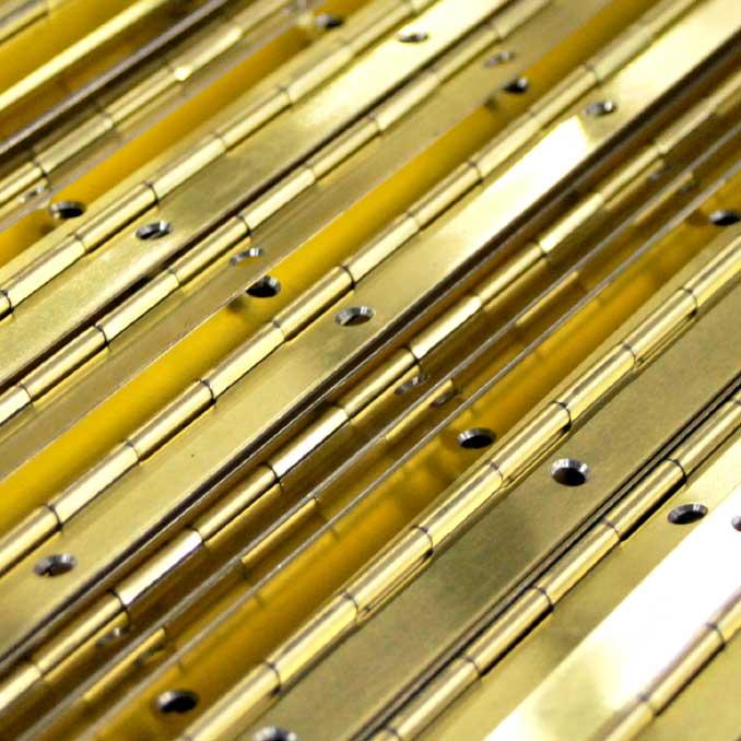 Bisagras continuas tipo piano en barras o rollos franz - Tipos de bisagras ...